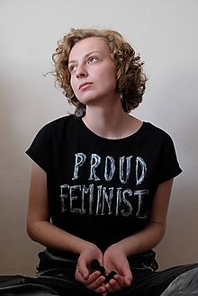 Tričká - som hrdá feministka // HANDMADE tričko s krátkym rukávom - 11425317_