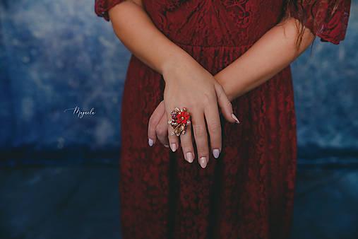 """Kvetinový prstienok """"zatancuj si so mnou"""""""