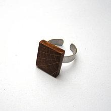 Prstene - Prsteň s dreveným očkom - dubový - 11427195_