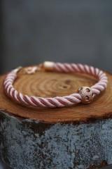Náramky - Ružový náramok z točenej šnúry - 11428483_