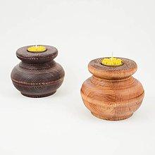 Svietidlá a sviečky - Drevené sústružené svietniky - 11429512_