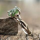 Prstene - Snubáčik - elegán so surovým kameňom - 11433351_