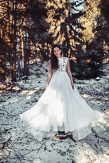 Šaty - Svadobné šaty s modrou výšivkou - 11433718_