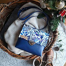 Kabelky - Kožená kabelka (ručne maľovaná Blue folk) - 11433414_