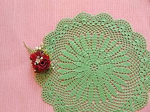 Úžitkový textil - Háčkovaná dečka Zelená - 11432871_