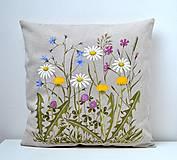 Úžitkový textil - Vankúš-ručne maľovaný-Pestrá lúka - 11435108_