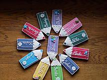 Dekorácie - veselé pastelky pre detičky a pani učiteľky (veľkosť 10 cm) - 11438640_