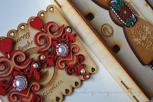 Náušničky Hana (cca 8cm - Červená)