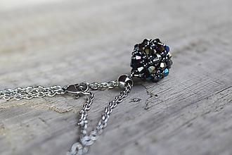 Náhrdelníky - náhrdelník hematitová gulička z bikoniek - 11447033_