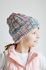 Detské čiapky - Pletená detská čiapka - trojfarebná - 11446444_