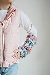 Detské doplnky - Pletené návleky na ruky - trojfarebné - 11446496_