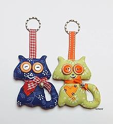 Kľúčenky - Prívesok na kľúče - okatá mačička - 11446151_