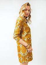 - Krátke žlté kvetované šaty - 11448563_