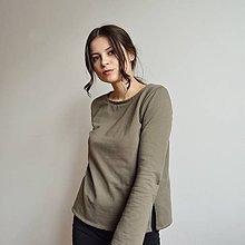 Tričká - Úpletové khaki tričko s dlhým rukávom - 11448610_