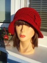 Čiapky - tvarovaný klobučik - 11452328_