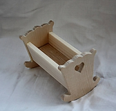 Hračky - Drevené hračky. Kolíska pre malé bábiky - 11452606_