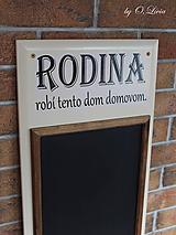 Tabuľky - Kriedová tabuľa s vešiakmi - RODINA - 11455734_