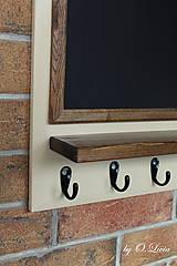 Tabuľky - Kriedová tabuľa s vešiakmi - RODINA - 11455735_