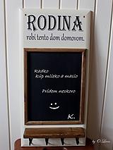 Tabuľky - Kriedová tabuľa s vešiakmi - RODINA - 11455736_