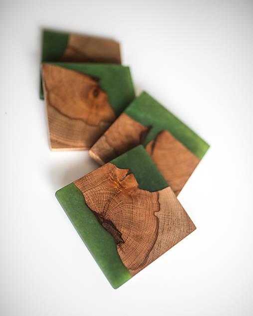 Živicové podšálky z bukového dreva Green Four