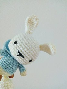 Hračky - Zajac v štýlovej mikine (Modrá) - 11454616_