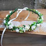 Ozdoby do vlasov - Venček s ružičkami a lístkami, na svadbu, prijímanie, biely, krémový - 11459264_