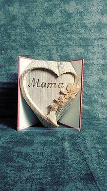 Dekorácie - Srdce z knihy - pre mamu, babku, frajerku, k narodeninám... s voliteľným oslovením alebo číslicou - 11457996_