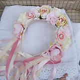 Ozdoby do vlasov - Parta z ruží a pivoniek s perličkami púdrová, ružová, krémová - 11460975_