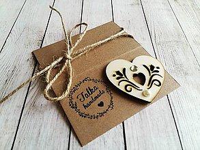 Odznaky/Brošne - Drevená brošňa - 11463121_