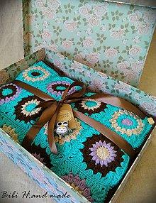 "Úžitkový textil - Háčkovaná deka ""granny square""opálovo zelená - 11461998_"
