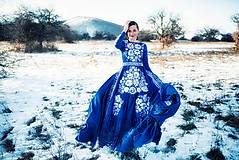 Šaty - Modré vyšívané šaty Poľana - 11465813_