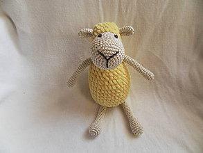 Hračky - Mäkučká háčkovaná ovečka - žltá - pre najmenšie detičky - 11465282_