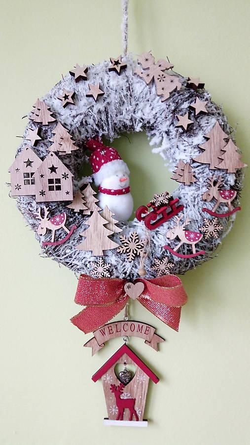 Vianocny veniec Snehuliak