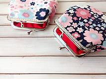Peňaženky - Peňaženka Kvety dvoch farieb - M - 11470382_