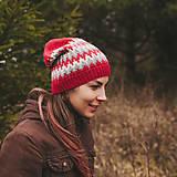 Čiapky - červená zúbkatá čiapka (čiapka) - 11472922_