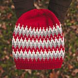Čiapky - červená zúbkatá čiapka (čiapka) - 11472924_