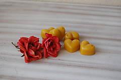 Drobnosti - Vonný včelí vosk - rôzne vône (vôňa ruža) - 11473024_