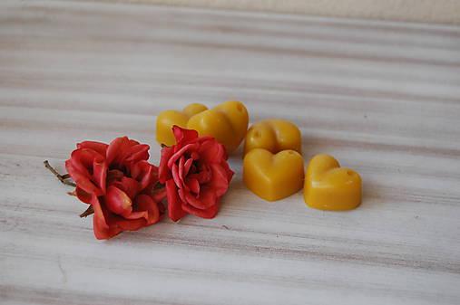Vonný včelí vosk - rôzne vône (vôňa ruža)