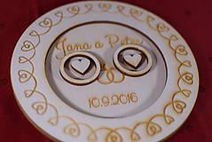 Prstene - Drevený podnos vankúšik na obrúčky gravirovaný 3 - 11472854_