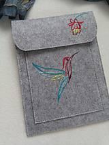 Na tablet - Malý drahokam (ručne vyšívaný obal, púzdro) - 11477049_