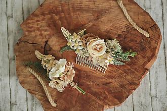 Ozdoby do vlasov - Béžový set - kvetinový hrebienok do vlasov  a pierko pre ženícha- LÚKA - 11476274_