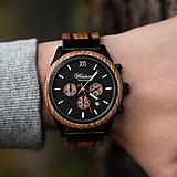 Náramky - Drevené pánske hodinky Chronograf Whisky Scotts Highland - 11476492_