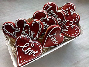 Dekorácie - Valentínske  srdiečka....mojej láske♥️ - 11475604_