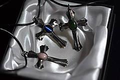 Náhrdelníky - krížok - 11478142_