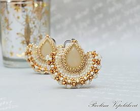 Náušnice - Visiace náušnice s brúseným skleneným kameňom Alexandra žlté - 11479917_