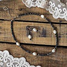 Náhrdelníky - Náhrdelník s perlami - 11479888_