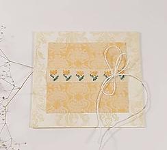 Papiernictvo - Jarné kvety II - folk vyšívaný pozdrav - 11481537_