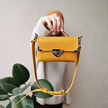 Kabelky - Kožená kabelka MiniMe (žltá) - 11483424_