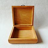 Krabičky - Drevená krabička Vtáčik - 11482759_