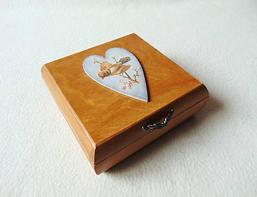 Drevená krabička Vtáčik